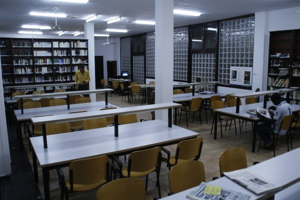 Biblioteca CCEB